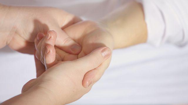 inflamația articulară a degetului mare de tratament eficient