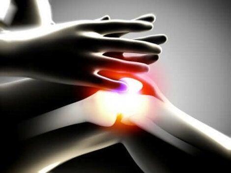 provoacă boală articulară după dureri de sfoară în articulația șoldului