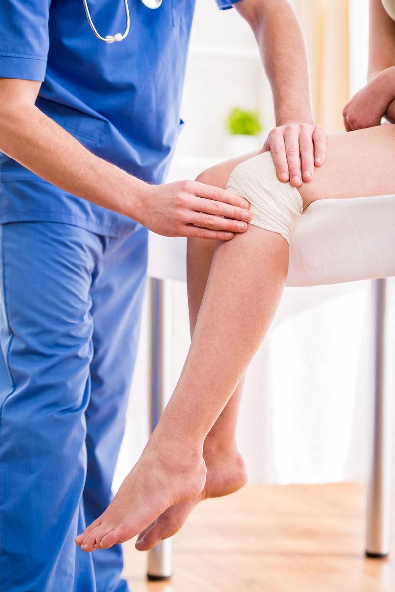 picior dureros sub genunchi